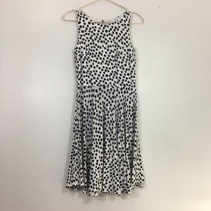 Loft fit and flare rayon dress in black and white